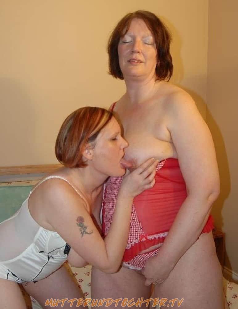 Mutter und Tochter sind mollige Anal Schlampen
